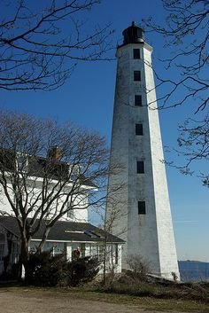 New London (CT) Harbor Light