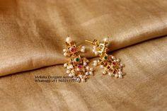 Diamond Earrings Indian, Diamond Chandelier Earrings, Gold Jhumka Earrings, Gold Ring Designs, Gold Earrings Designs, Gold Jewelry Simple, Simple Earrings, Antique Necklace, Kochi