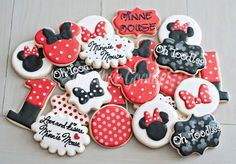 69 ideas for birthday cake cartoon cookie monster Minnie Mouse Cookies, Minnie Mouse Birthday Decorations, Minnie Y Mickey Mouse, Disney Cookies, Red Birthday Party, Mickey Birthday, Birthday Cookies, Birthday Cake, Birthday Ideas