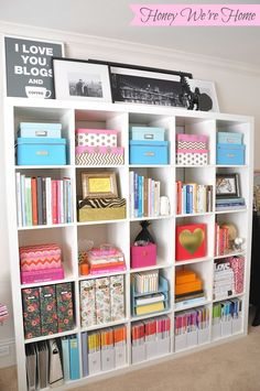 Design How-to: 9 Tips to Style Your Bookshelves Like a Pro! – home office organization ideas Home Office Organization, Organization Ideas, Office Storage, Storage Ideas, Cube Storage, Storage Shelves, Organizing Bookshelves, Shelving Ideas, Diy Storage