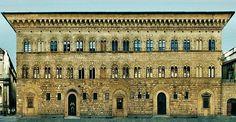Palazzo Medici Riccardi: Exterior (detail). Michelozzo. 1445-1460. Via Camillo Cavour. Florence.