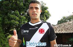 Nome: Leonardo Gonçalves Silva  Posição: Atacante  Nascimento: 26/10/1982  Local: Nova Lima (MG)  Altura: 1,80m  Clubes: 2002 a 2003 - Villa Nova; 2003 - Criciúma; 2004 a 2005 - Vitória; 2006 - Paraná; 2007 - Paraná; 2009 a 2010 - Avaí; 2010 - Coritiba; 2012 - Guangzhou (CHI); 2012 - Atlético-MG; 2013 - VASCO  Títulos: 2004 e 2005 - Bicampeão Baiano - Vitória; 2006 - Campeão Paranaense -  Paraná; 2007 - Campeão Carioca - Flamengo; 2010 - Campeonato Catarinense - Avaí; 2010 - Campeonat