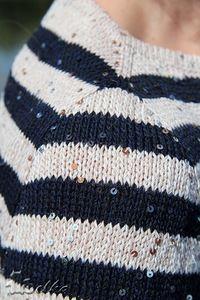 Имитация вшивного рукава и незаметная смена цвета