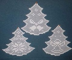Crochet Christmas Trees, Crochet Ornaments, Christmas Crochet Patterns, Christmas Crafts, Free Crochet Doily Patterns, Crochet Diagram, Crochet Motif, Crochet Ripple Blanket, Crochet Bedspread