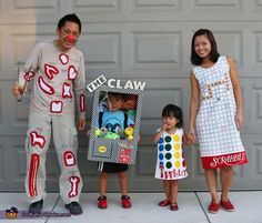 Hallowen Costume Couples Mary: We love making our own Halloween costumes every year so this year we thought we try a game theme. These are some classic games we love as well as my. Costume Halloween, Homemade Halloween Costumes, Theme Halloween, Halloween 2015, Diy Costumes, Halloween Kids, Zombie Costumes, Halloween Couples, Costume Ideas