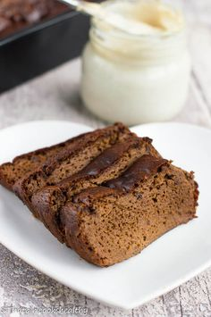 High protein chocolate brownie loaf - flourless made using cashew butter and butternut squash.