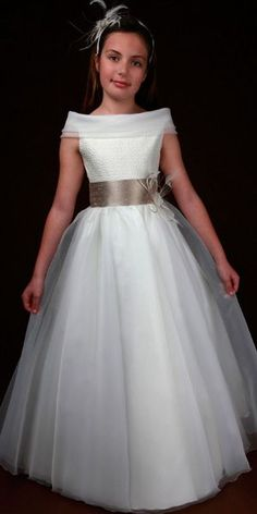 Charming Sheath/Column Bateau Short Sleeve Feathers/Fur Sashes/Ribbons Floorlength Satin Organza Tulle Flower Girl Dresses