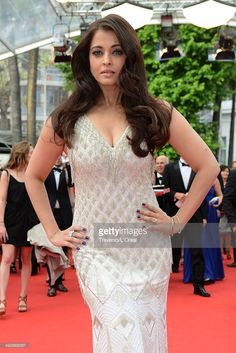 Aishwarya Rai attends 'The Search' premiere during the Annual Cannes Film Festival on May 21 2014 in Cannes France Bollywood Girls, Indian Bollywood, Bollywood Celebrities, Bollywood Actress, Aishwarya Rai Young, Aishwarya Rai Bachchan, Hot Actresses, Indian Actresses, Cannes France
