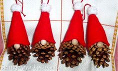 The Free Money-Saving Tips Ezine: Homemade Christmas Ornaments: Pinecone Gnomes – crafts – Weihnachten Kids Crafts, Christmas Crafts For Kids, Christmas Projects, Simple Christmas, Holiday Crafts, Family Crafts, Felt Crafts, Santa Crafts, Wood Crafts