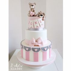 """I like"": Comments: 13 - Bella's Bakery ( auf Instag . Teddy Bear Birthday Cake, 1st Birthday Cake For Girls, Teddy Bear Cakes, Baby Birthday Cakes, Gateau Baby Shower, Baby Shower Cakes, Fancy Cakes, Cute Cakes, Baby Girl Cakes"