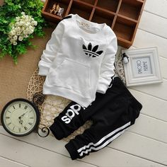 Imitation Brand Toddler Boys Clothes Set Active Child Tracksuit Letter Children Clothing Sets Fall Winter Outfits Garment