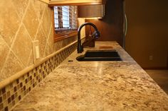 """On point + smaller tiles in """"moulding"""""""