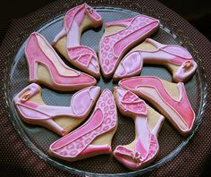 Adorable high heel painted cookies!