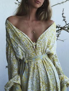Caught the eye! Summer Outfits, Cute Outfits, Summer Dresses, Dresses Uk, Boho Fashion, Fashion Outfits, Vogue, Facon, Trends