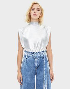 Metallic T-shirt - T-Shirts - Bershka Thailand Manado, Billie Eilish, T Shirts, Fashion News, High Waisted Skirt, Denim, Clothes, Metallic, Netherlands
