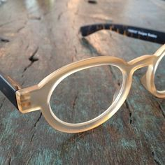 8f5b9c6b91 Designer reading glasses Round eyeglasses Matte by LookEyewear