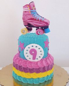 12th Birthday, Unicorn Birthday Parties, Girl Birthday, Birthday Ideas, Roller Skating Party, Skate Party, Soy Luna Cake, Roller Skate Cake, Tie Dye Cakes
