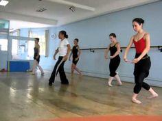 Danças Cumbre - Aula de Ballet (Saltos 2/4 e Agradecimento) Final de una clase.