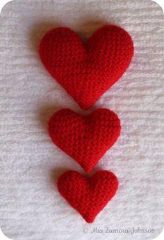 crochet heart patterns free   2000 Free Amigurumi Patterns: Heart crochet pattern