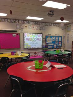 Classy In The Classroom: Classroom Tour and First Day of School Outfit!