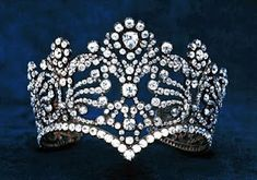 Tiara that belonged to Josephine, the first wife of Napoleon Bonaparte. This kind of head jewelry was popular in England, Vienna and St. Petersburg (The Belle Époque of French Jewelry, 1850 - ~ Diamond Tiara ~ Vintage ~ Antique Royal Crown Jewels, Royal Crowns, Royal Tiaras, Tiaras And Crowns, Head Jewelry, Royal Jewelry, Empress Josephine, Diamond Tiara, Pearl Diamond