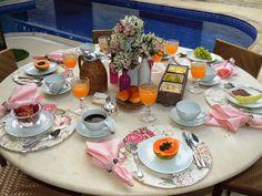 Café da manhã rosa
