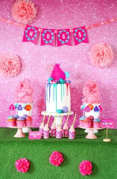 """ Gather round to dance and sing, this ""Troll-tastic"" Trolls Birthday Party at Kara's Party Ideas is about to ring! Trolls Birthday Party, Troll Party, 2nd Birthday Parties, Happy Birthday, Bolo Trolls, 40th Party Ideas, Happy Party, Party Printables, Free Printables"