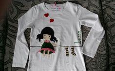 Camiseta personalizada con muñequita Gorjuss de ME MOLA MI HORQUILLA