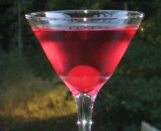 Pink Silk Panties | 2 parts Vodka, 2 parts Peach Schnapps, 2 parts Cranberry Juice, Cherry to garnish. ~ 25 Deliciously Naughty Cocktail Recipes - Style Estate -