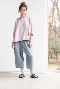 Linen top OLD LONDON / Round neck / Oversized linen top with drop shoulder sleeves / available in 34 colors Tall People, Short People, Old London, Not Perfect Linen, Linen Trousers, Antibes, Color Shorts, How To Look Better, My Style