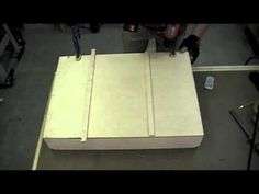 Woodworking Project - How to Make a Dado Sled for the Tablesaw Woodworking Table Saw, Jet Woodworking Tools, Woodworking Projects That Sell, Woodworking Joints, Woodworking Patterns, Youtube Woodworking, Carpentry Projects, Diy Wood Projects, Wood Plans