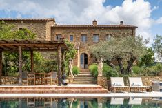 mediterranean outdoor living + pool :: Decorating Lessons We Learned From a Dreamy Italian Farmhouse