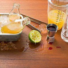 Tropical Sunrise Rezept | Küchengötter Tequila, Moscow Mule Mugs, Sunrise, Tropical, Fruit, Tableware, Recipes, Food, Pineapple Juice