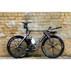SCOTT Plasma TT!! #biker #bikes #bikelife #bikeporn #bikeride  #bike #roadbike #training #cyclism #cyclist #lovecycling #cyclinglife #ciclismo #ciclista #bici #bicidecarretera #entreno #bikedreams #sram #shimano #swimbikerun #cycling #ttbike #crono #triatleta #triathlon #triatlon #triathlete #triathletes #ironman