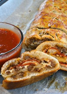 Sausage & Pepperoni Stromboli recipe -- Italian sausage, pepperoni, gooey cheese rolled up and baked to golden brown - it's family favorite comfort food! Make this with Johnsonville Italian Ground Sausage. I Love Food, Good Food, Yummy Food, Tasty, Stromboli Recipe Pepperoni, Italian Sausage Stromboli Recipe, Stromboli Pizza, Pepperoni Recipes, Beef Recipes