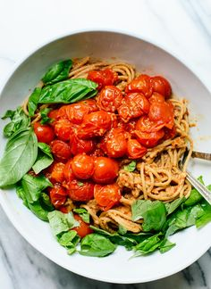 Fresh tomato pesto with sun-dried tomatoes, spaghetti and basil! cookieandkate.com