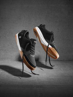 Etnies shoes, Etnies Helix Black/White/Gum Barney Page