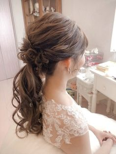 Kawaii Hairstyles, Curled Hairstyles, Braided Hairstyles, Wedding Hair Flowers, Flowers In Hair, Homecoming Hairstyles, Wedding Hairstyles, Hair Due, Hair Arrange
