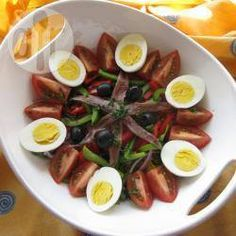 Salade niçoise traditionnelle @ qc.allrecipes.ca