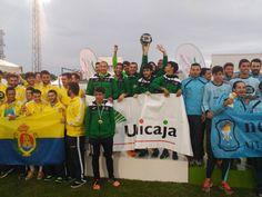 El equipo de Unicaja Atletismo campeón absoluto de Andalucía