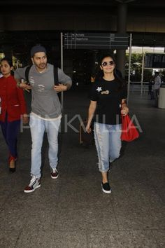 Lookit! Badrinath Varun and his Dulhania Alia are back from Singapore!