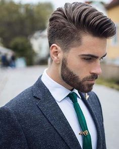 Decent Men Hairstyle 2019 Long Beard Styles, Hair And Beard Styles, Short Hair Styles, Beard Suit, Stubble Beard, Trendy Mens Haircuts, Mens Hairstyles With Beard, Haircuts With Beards, Moda Masculina