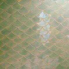 As usual obsessed with @ellynspragins finish selections! This shower wall is to die for.  #mermaid #scallops #tile #bathroomtile #tiledesign #minimahal #brassbungalow by nis5a