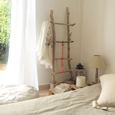 1000 ideas about echelle en bois on pinterest ladder - Idee deco bois flotte ...