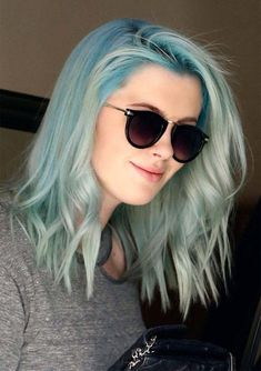 Remarkable and distinctive ideas medium length blue ombre hairstyles for women to show off in these days. If you are thinking to sport the various shades of blue hair colors then you are at the right place. We are going to show you in this post the awesome hair colors trends of blue ombre to ehnace your beauty in 2018.