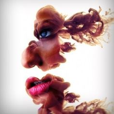 Alberto Seveso is a self-taught Italian artist who wowed the world with his wonderfully detailed photographs of ink dissolving in water. Be sure to check out his great work on his portfolio site: graphic