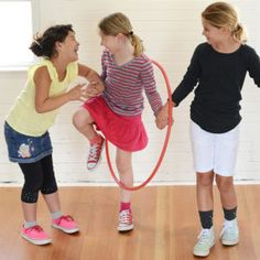 Work as a team to pass a hula-hoop around the circle without unlinking hands. This group activity helps children practice communication, collaboration, and problem solving. Communication Activities, Group Activities, Discovery Museum, Catapult, Hula Hoop, Problem Solving, A Team, Childhood, Creativity