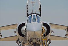 Vista frontal de un Dassault -Mirage Mirage F1, Vista Frontal, Spanish Air Force, Dassault Aviation, French Style, Military Aircraft, Airplane, Planes, Fighter Jets