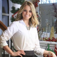 Shannon Kessler owner of Primp Style Lounge offers her Style advice for Holiday fashion