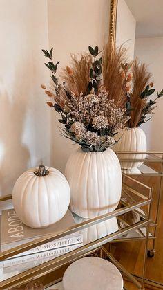 Fall Home Decor, Autumn Home, Fall Decor For Mantel, Fall Entryway Decor, Fall Fireplace Decor, Halloween Fireplace, Helloween Wallpaper, Fall Pumpkins, Seasonal Decor